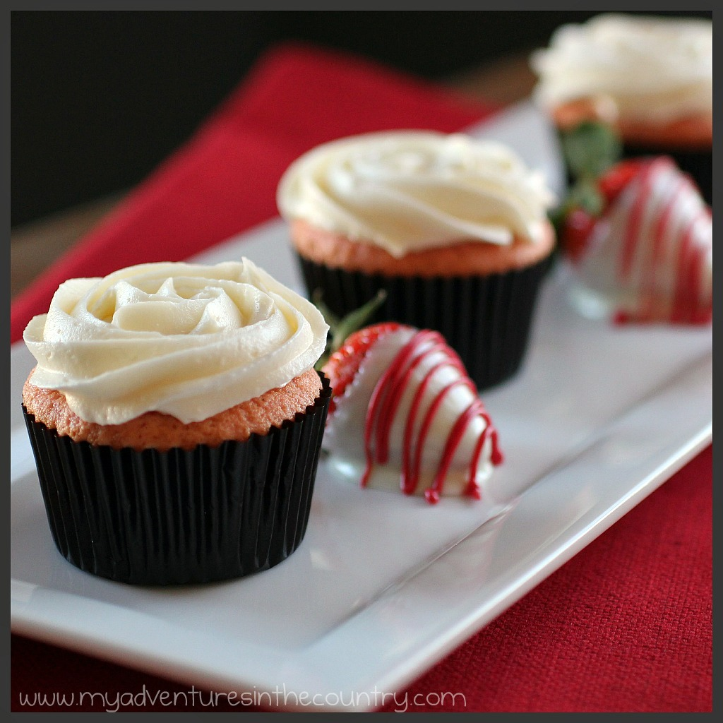 The Ultimate Strawberry Cupcake with White Chocolate ...
